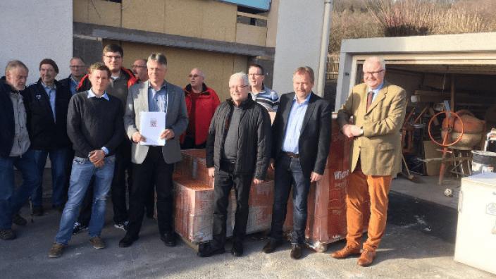Verein baut Feuerwehrhaus in Lohra-Damm zum Gemeinschaftshaus um
