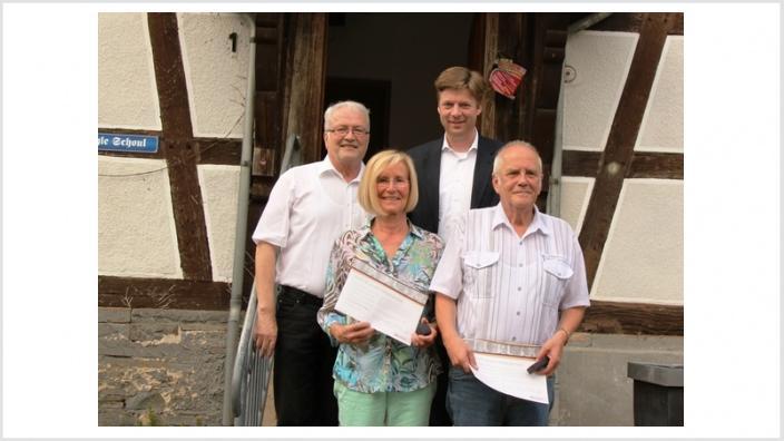 CDU Lohra ehrt Mitglieder und sagt Dr. Stefan Heck MdB volle Unterstützung zu